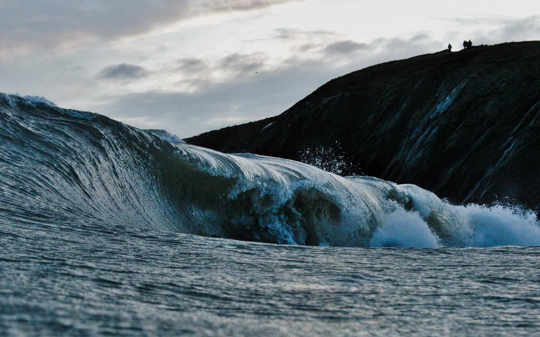 heavy wave rolls in in north wales